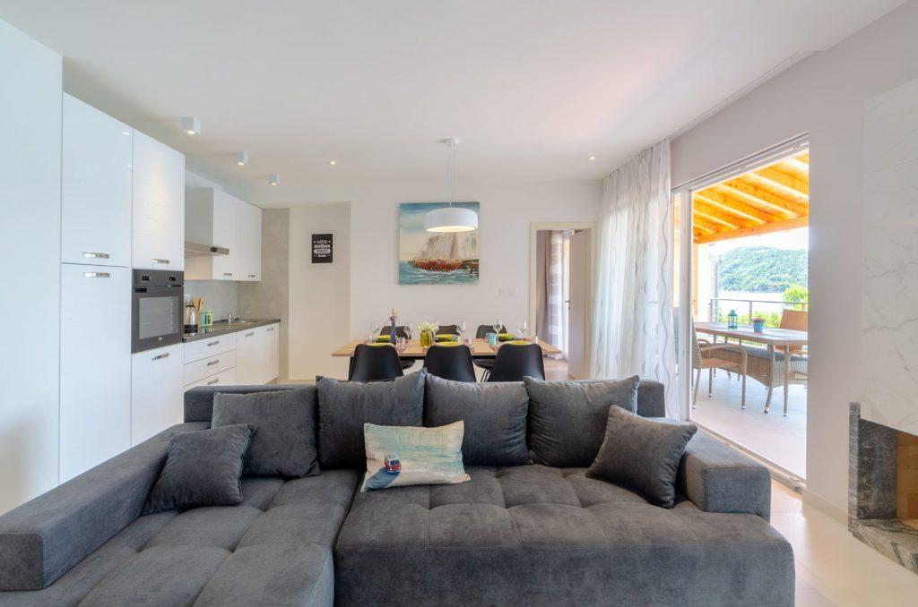 silva apartment3 livingroom 01 1024x678