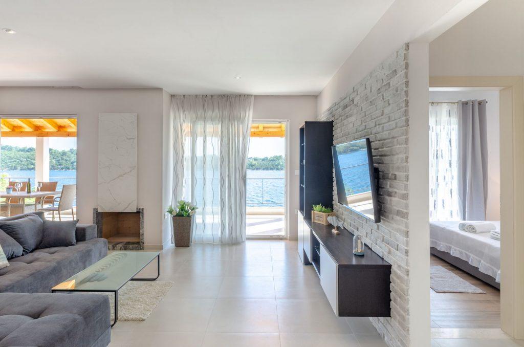 silva apartment3 livingroom 05 1024x678